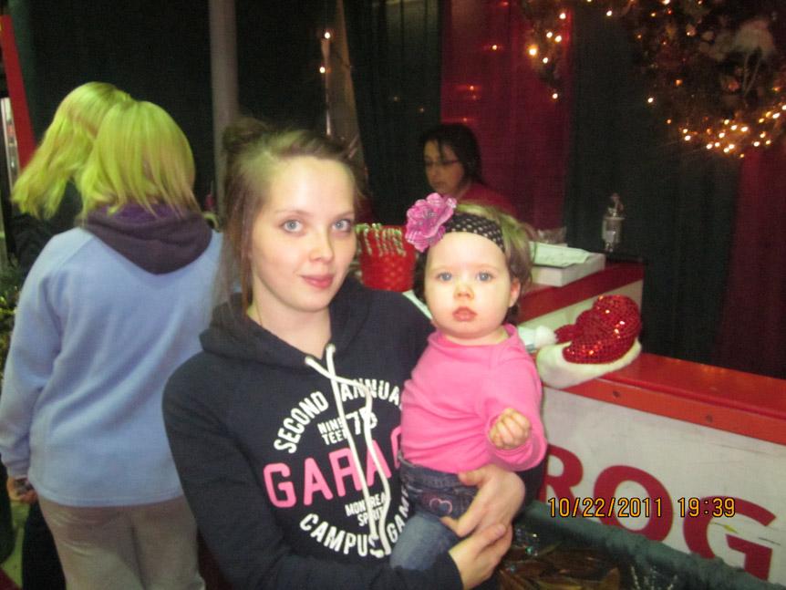 2011 Christmas At The Glacier 005